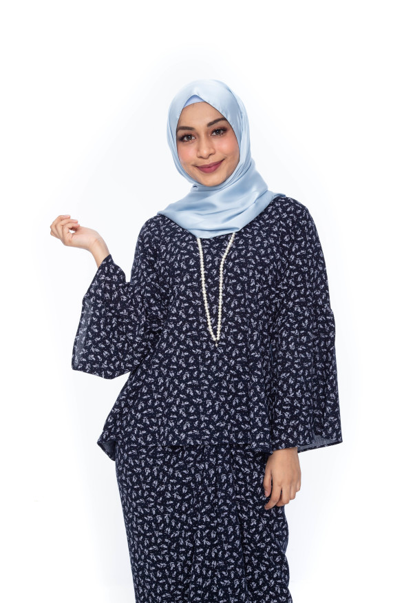Black Blouse with Pareo - Iman Raudah Official