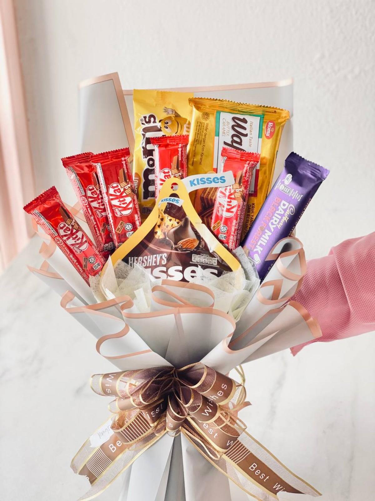 CHOCOLATE BOUQUET - RARA KITCHY