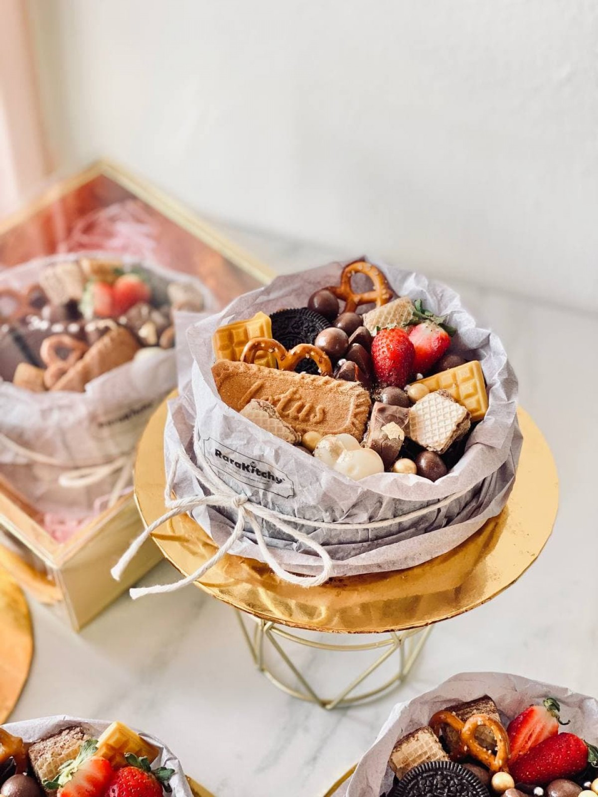 CHOCOLATE CRAZY - RARA KITCHY