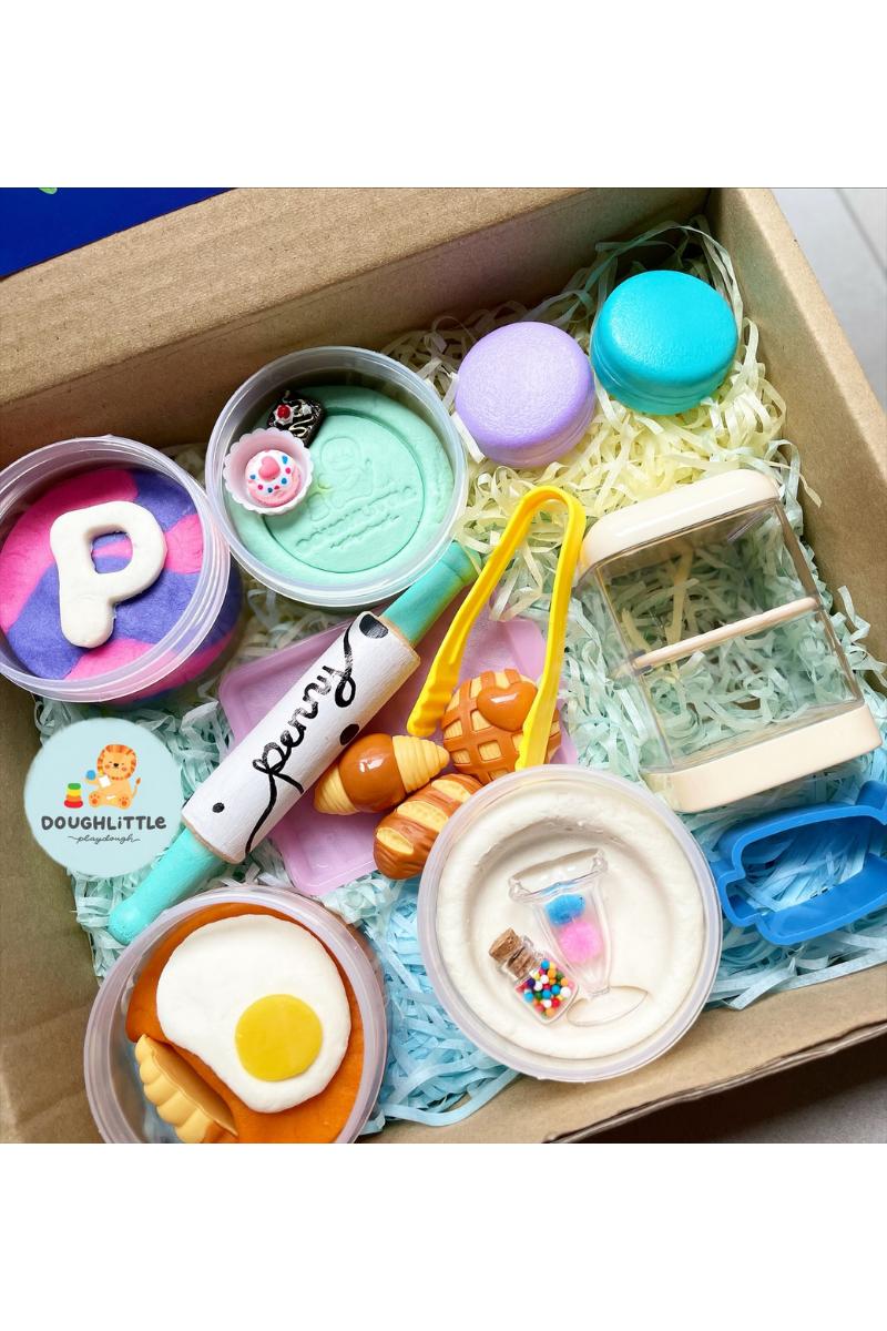 La Patisserie (Baker) Box