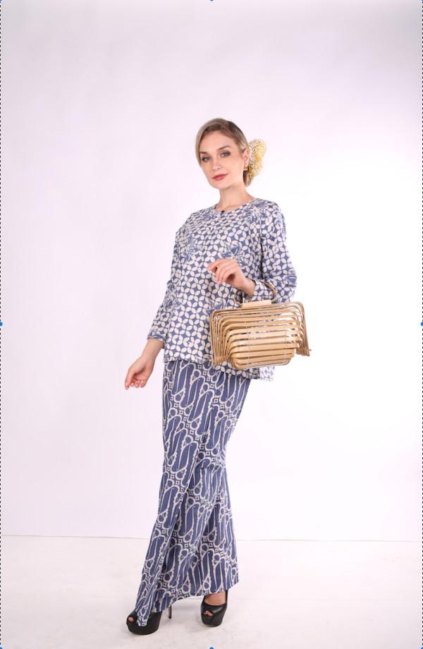 Kurung Kedah Full Batik Mak Cun (Blue/petak) - Mak Cun Mart