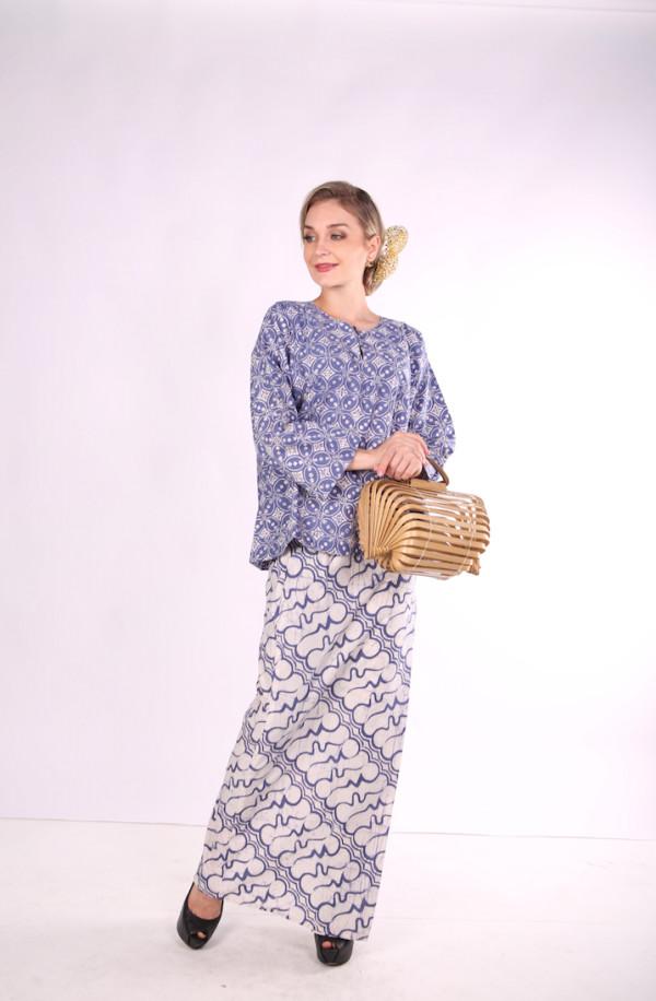 Kurung Kedah Full Batik Mak Cun (Blue/Bunga) - Mak Cun Mart