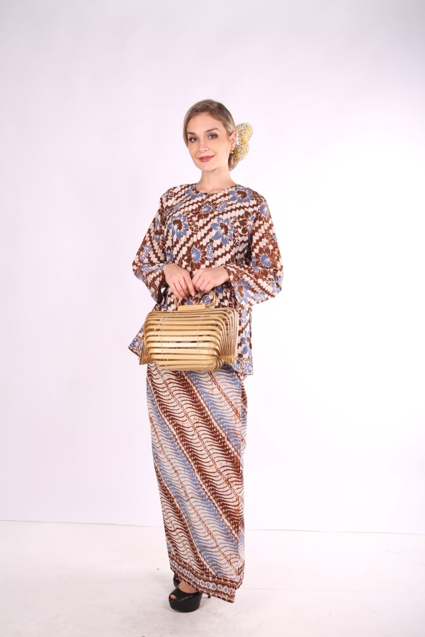 Kurung Kedah Full Batik Mak Cun (Brown/Bunga) - Mak Cun Mart