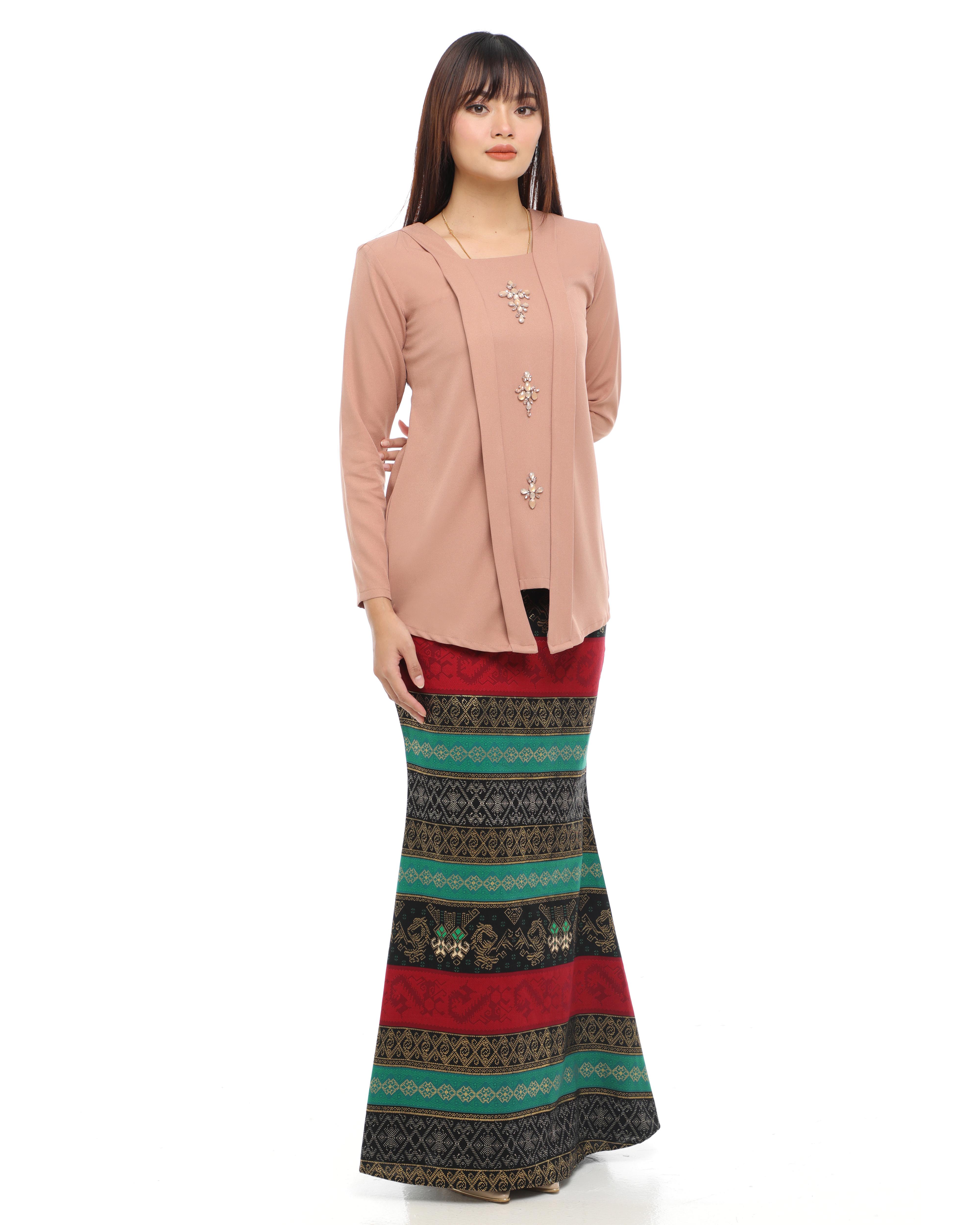 Amisha - Brown Beige (Green Base Skirt)