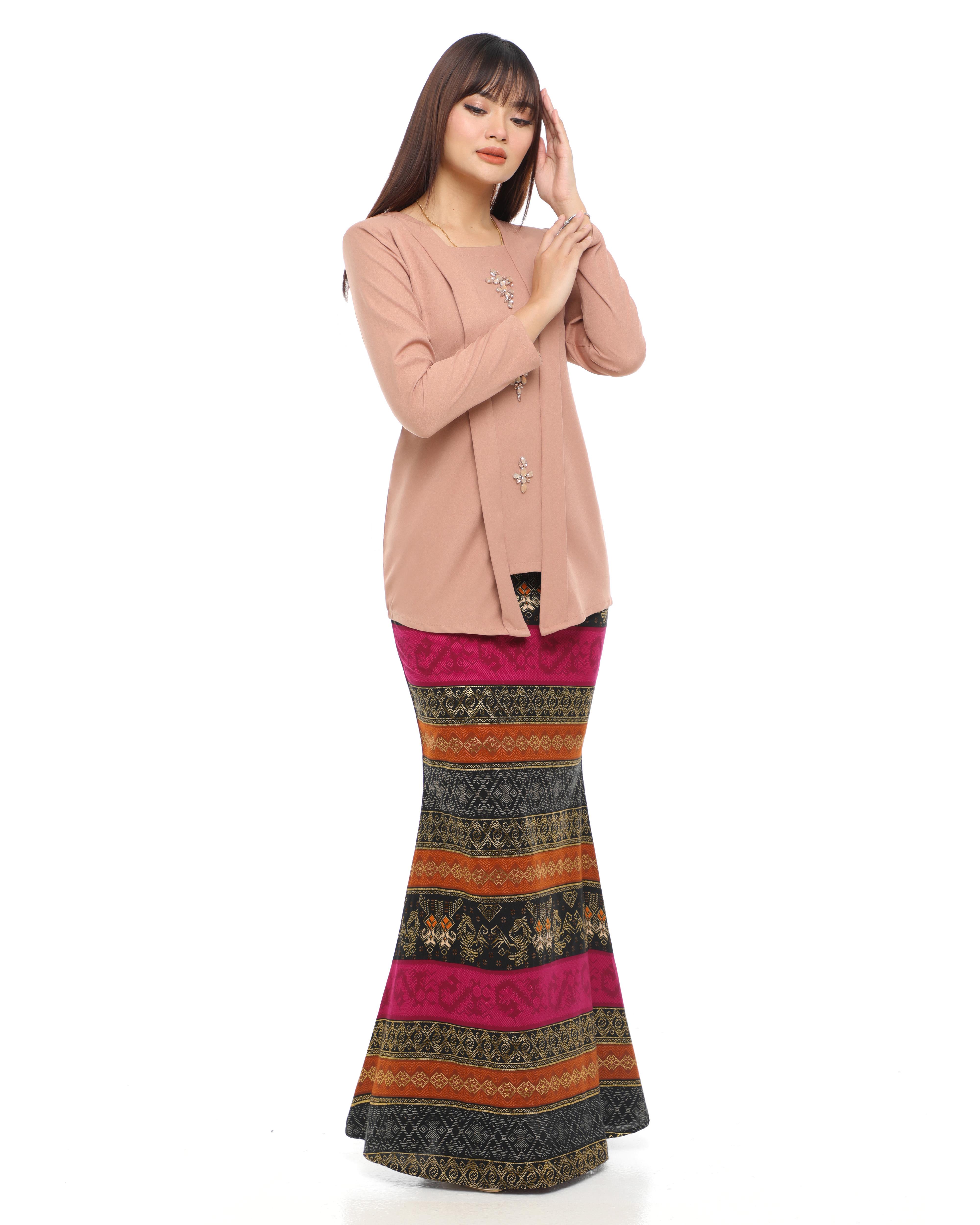 Amisha - Brown Beige (Purple Base Skirt)