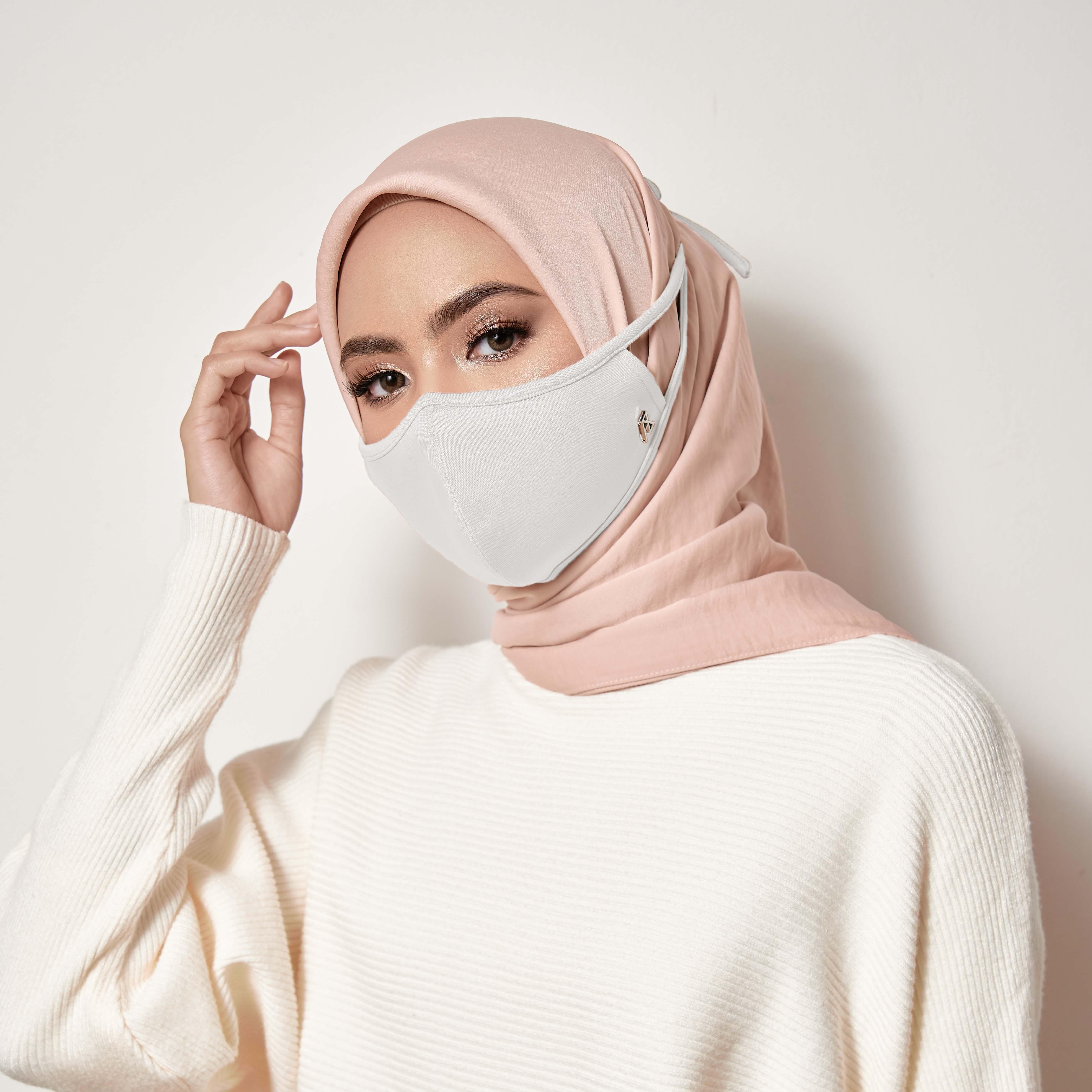 AZ Mask Single Tie-On Strap Off White