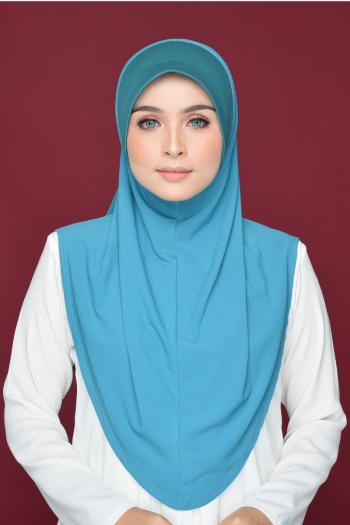 Aafiah (L) in Blue Thunder