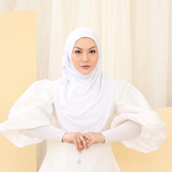 MEKNIS THE LABEL Yeoja Instant Hijab - Snow White
