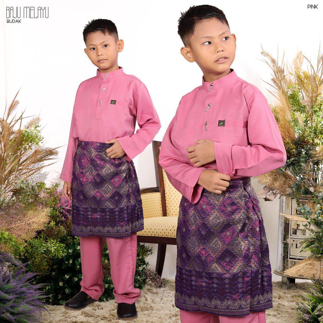 Melayu Kids In Dusty Pink