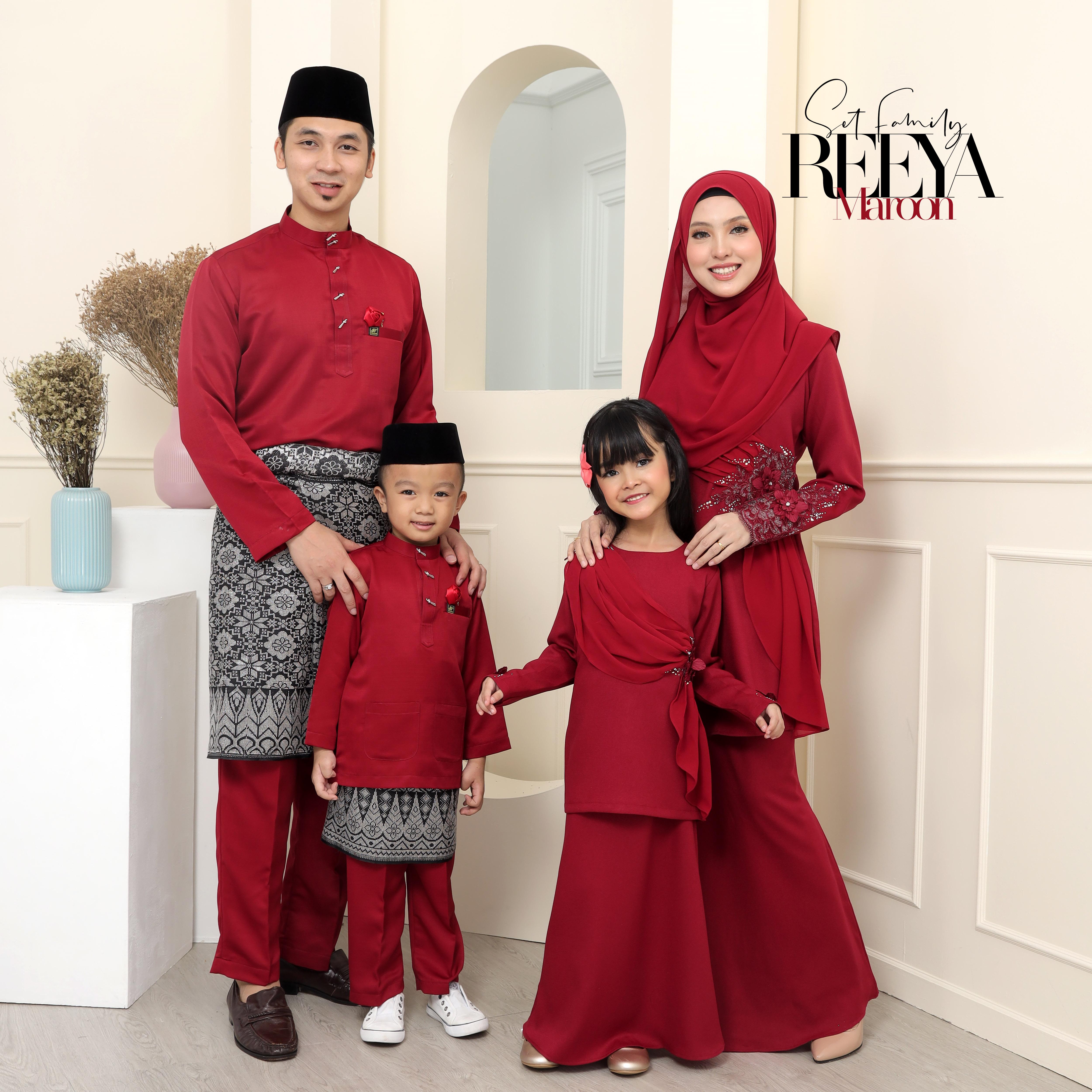 SET FAMILY KURUNG REEYA
