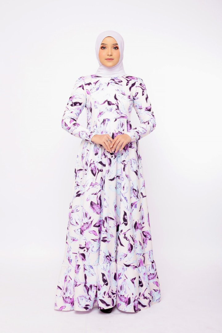 Feodora In Nude Lavender