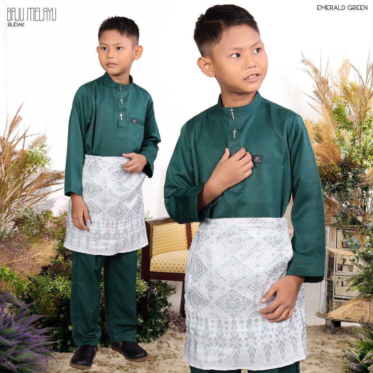 Melayu kids In Emerald Green