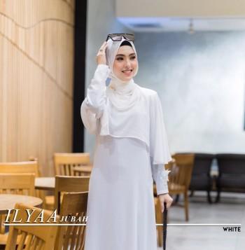Ilyaa Jubah In White
