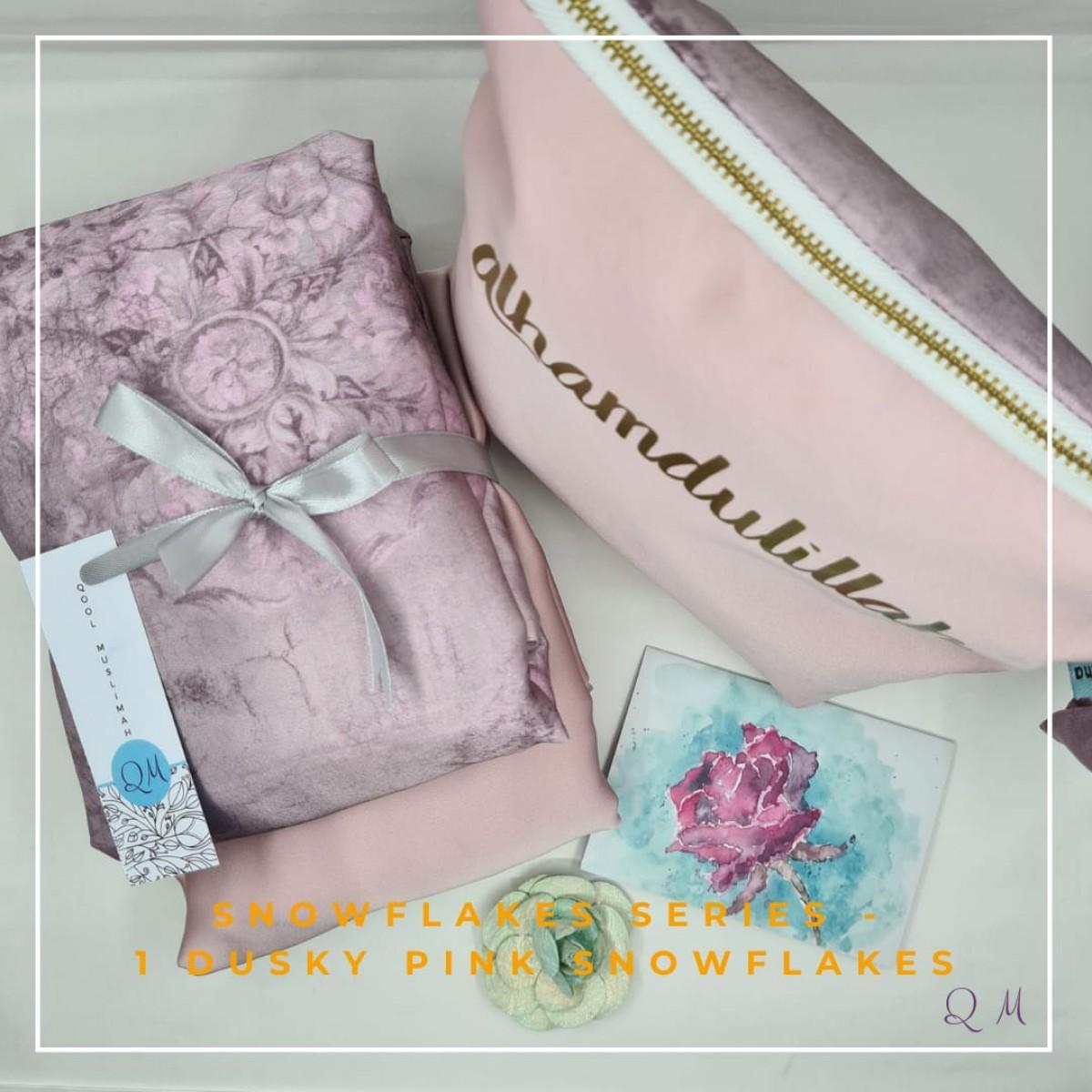 Telekung Silk Snowflakes-Dusky Pink - Qool Muslimah