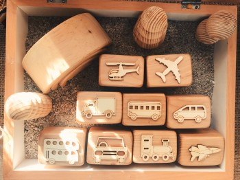 Animals of the World  Wooden Stampers with Box - Petit World