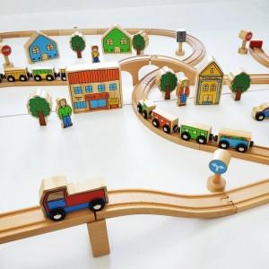 The Railway Set *PREORDER eta 3 weeks* - Petit World